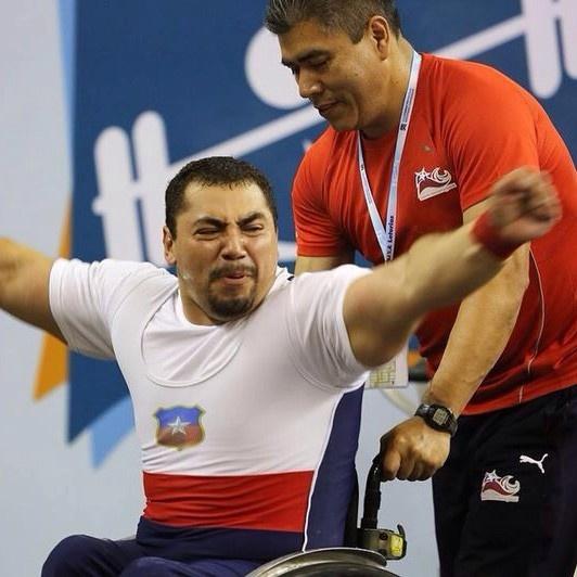 pesas, deportes, olimpiadas, juegos paralímpicos, pesistas, Carlos Garrido, discapacidad, lisiados