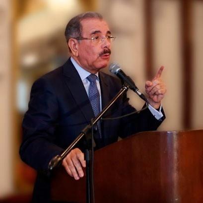 presidente, popular, danilo medina, república dominicana, aprobación, humildad