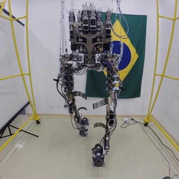 mundial de fútbol, copa del mundo, exoesqueleto, walk again project, duke, discapacitados, brasil 2014, discapacidad