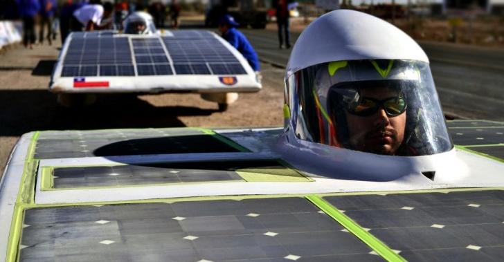 energía solar, auto, carrera solar, desierto, atacama, energías renovables