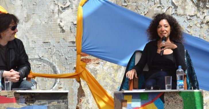 Leila Guerriero, periodista, escritora, argentina, perfiles, referente hispanoamericano, Puerto Ideas, libros, perfeccionista, exigente