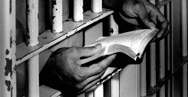 cárcel, internos, reos, presos, lectura, reinserción