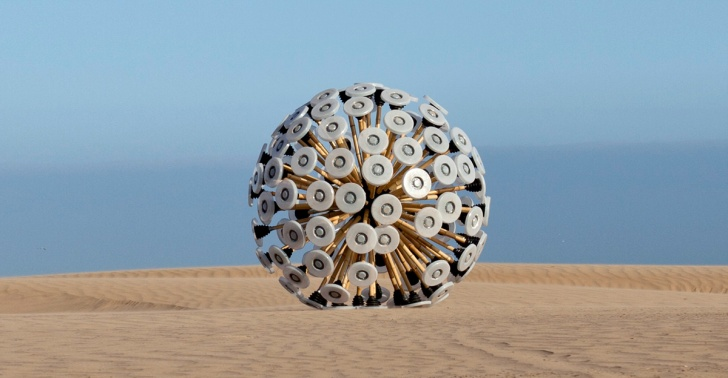 pelota, minas, explosivos, militares, ejercito, afganistan, kabul, chile, minas antipersonales, mundo, invento, diseño