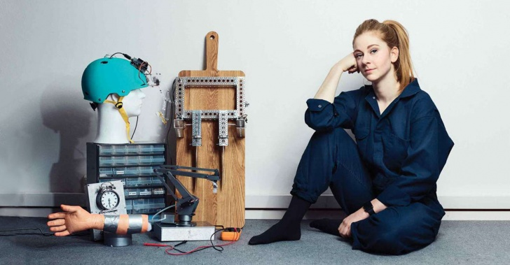 Simone Giertz, robótica, robots, YouTube, humor
