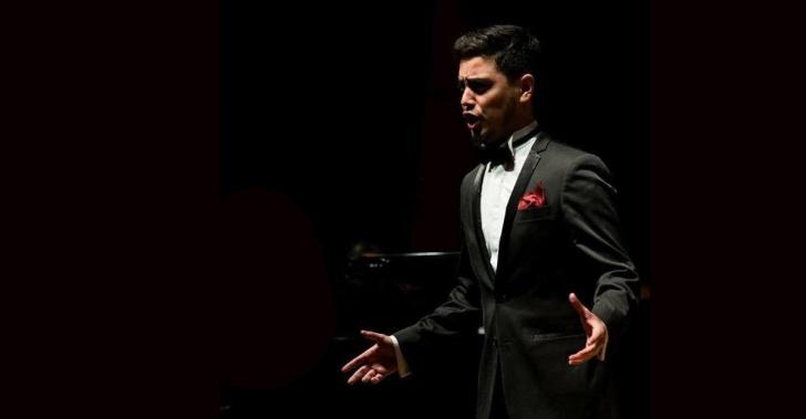 cantante, voz, tenor, leonardo pizarro, viena, música clásica, ópera, talento, música chilena, concepción