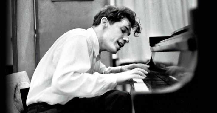 Glenn Gould El Pianista Genio Que Fue Formado Por Un Chileno