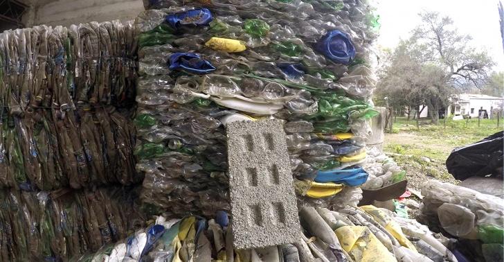 plásticos, ladrillos, Argentina, comunidad, casas, reciclar, Eco Inclusión.