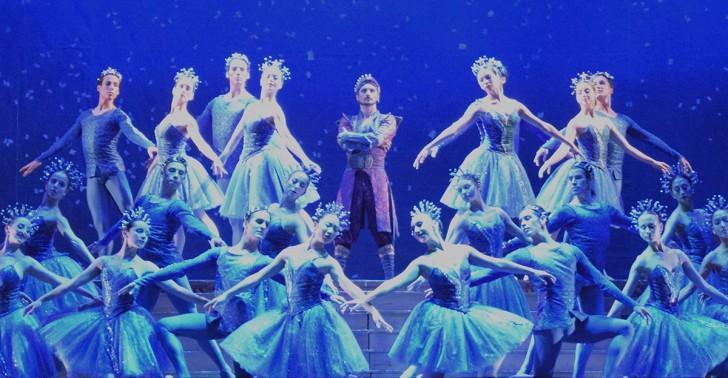 ballet, teatro municipal, raymonda, adaptación, bailarín
