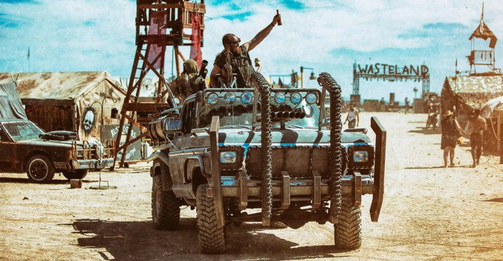 festival, Mad Max, desierto, fanáticos